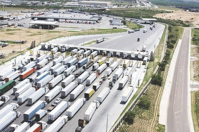 """Evalúan avances del proyecto de ampliación del Puente Internacional de los dos Laredos """"Comercio Mundial"""""""