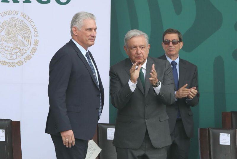 Cese el bloqueo de EU y reconciliación entre cubanos, demanda AMLO
